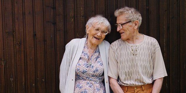 Lokale frauen, die ältere männer suchen